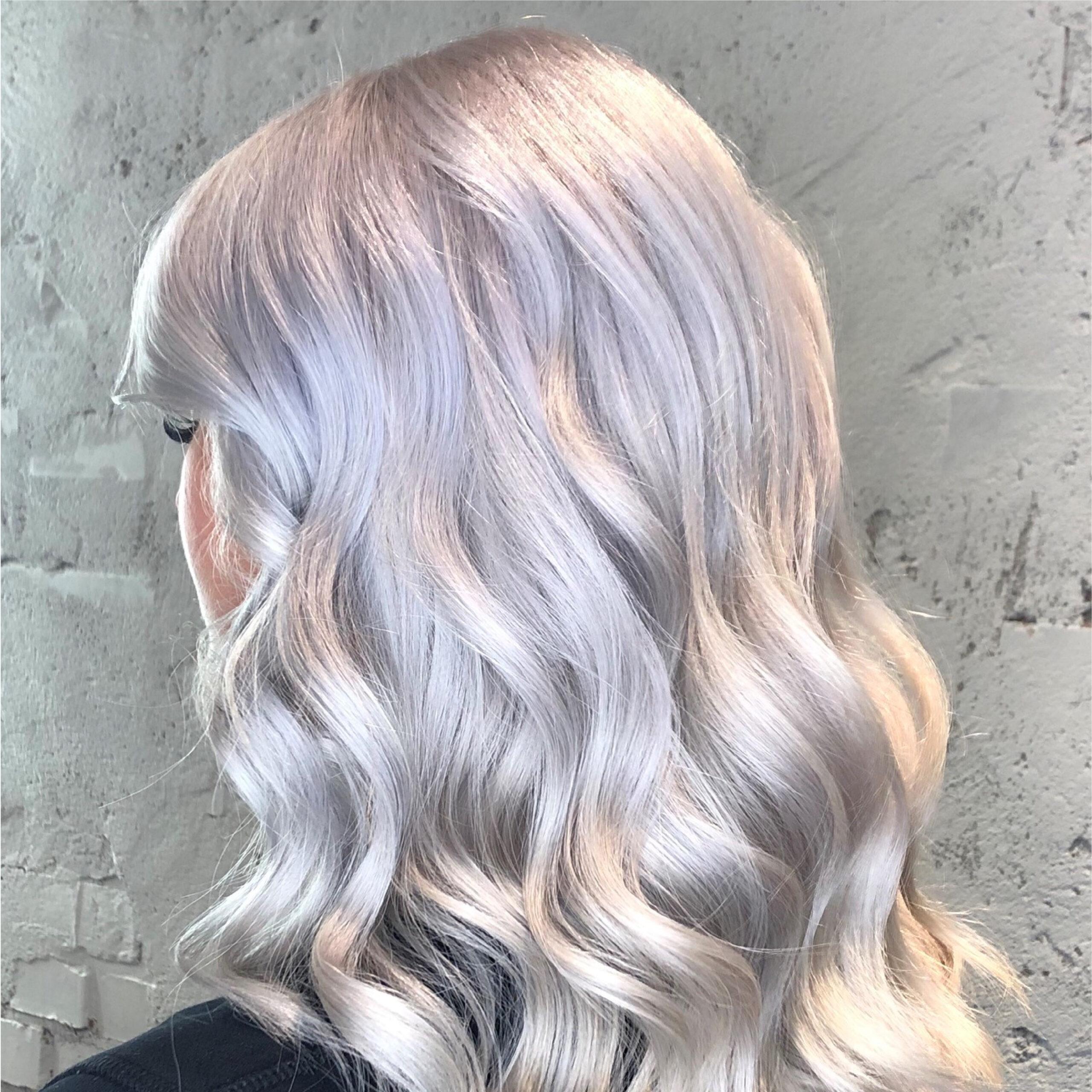 Olaplex stärker blekta och färgade hår